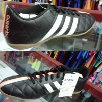 Sepatu Futsal Adidas 11 Questra IN Black