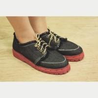 Sepatu Docmart Wanita Black Jeans