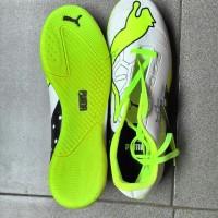 Jual Sepatu Futsal Murah Puma Warna Putih Hijau Grade Ori