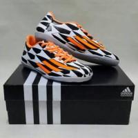 Sepatu Futsal Adidas Adizero F50 Black & White