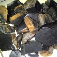 Bahan / Rough Black Opal Porselin Asli Maja Banten