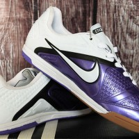 Nike CTR 360 Putih Ungu Grade Ori(sepatu futsal,sepatu bola,olahraga)
