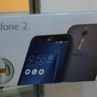 Asus Zenfone 2 ZE551ML 4GB RAM / 32GB ROM 2.3GHZ