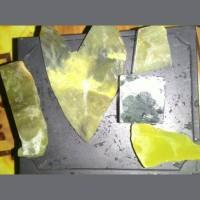 bongkahan batu campuran, neon,kecubung