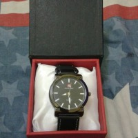 Jam tangan swiss army + box exclusive yg trendy