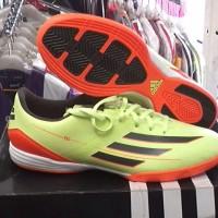 sepatu futsal adidas f10 in original hijau