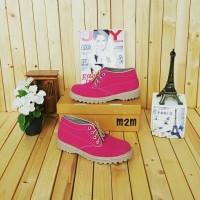 Sepatu Docmart Wanita Pink