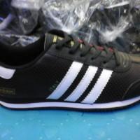 sepatu adidas italy murah warna hitam lis putih + box