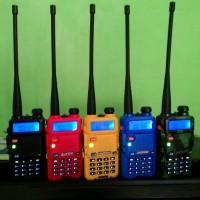 HT (Handy Talky) BAOFENG - UV5R Frequensi VHF + UHF Pilihan Warna