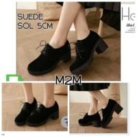 sepatu heels docmart wedges suede boot