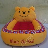 Kasur bayi karakter boneka winnie the pooh motif polkadot