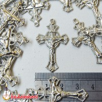 Cross / Bandul Salib Yesus Logam Bahan Souvenir Ganci/ Kalung Rosario