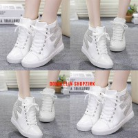 Grosir Sepatu Kets Boots/Boot/Booth Pasir Putih Wanita Murah Lucu Imut