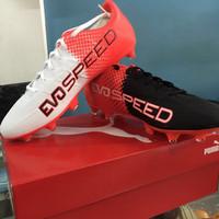 Sepatu Bola Puma Evospeed 4.5 FG Merah Hitam Putih Original
