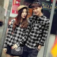 aop kemeja couple korea hitam cp hem kotak / baju pasangan pakaian