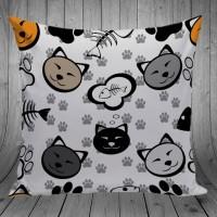Bantal Dekorasi Sofa / Mobil - Cat Fish