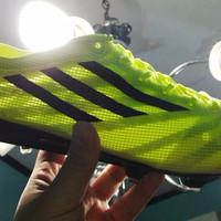 Sepatu Bola / Soccer Adidas Adizero F50 99 Gram Volt - FG