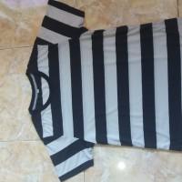 kaos /baju stripe/ belang hitam putih