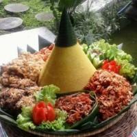 Terima Pesanan Tumpeng Nasi Kuning Delivery Semarang