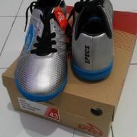 Sepatu Futsal SPECS Apache in (Silver/Rock Blue/ Black)