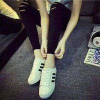 Sepatu kets wanita replika adidas putih garis hitam
