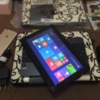 Ultrabook Asus Transformer Book TAM T100 HDD 500 + SSD 32 GB Wind 8.1