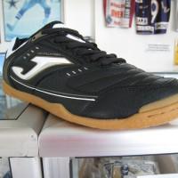 Sepatu Futsal Joma Maxima 501