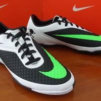 Sepatu Futsal Original Nike Hypervenom Phelon IC Black/White