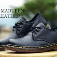 Dr Marteen Black 3hole Kulit , Sepatu Casual Pria,Sepatu Docmart Kulit