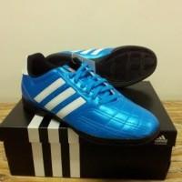 Sepatu Futsal Adidas Goletto IV Biru Putih (Kode F33038)