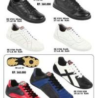 Sepatu Futsal Bahan Kulit ZEINTIN Hal.104