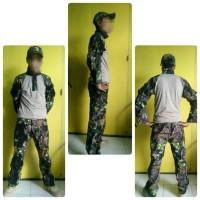 camo set (t-shirt, tactical pants, topi)