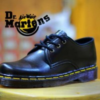 Docmart Pria , Sepatu Dr. Marten docmat 3 hole , Sepatu Casual