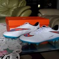 Sepatu Soccer/Bola Nike Hypervenom Phelon FG