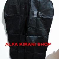 Kantong cover Jas kain warna hitam (blazer/kemeja/baju/jaket/celana/pa