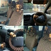Set Car/Sarung Jok/Bantal Mobil Boneka Bear/Beruang/LV/Coklat 18 in 1