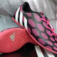 Sepatu Futsal Adidas Predator Instinct Hitam Pink