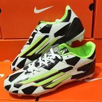 Sepatu Bola Adidas F50 Battlepack Putih Hitam Grade Ori [sepakbola]