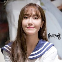 Jessica style at singapore Blanc and Eclare Sailor Shirt