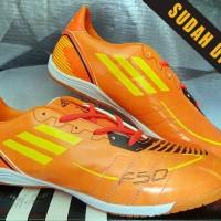 sepatu futsal Adidas F50 Adizero Orange KW Super size 39