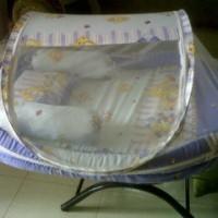 kasur bayi bentuk kolam +dinding +kelambu anti nyamuk + bantal guling