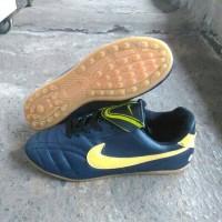 sepatu futsal nike black-blue dongker-yellow