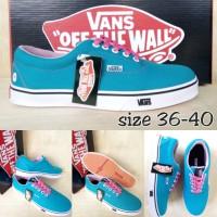 sepatu vans autentic biru pink