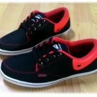 sepatu vans california black red murah berkualitas
