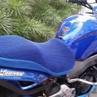 Anti Panas Sarung Jok Motor CoolTech (Beli 1 dapat 1 gratis)
