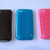 iPod Touch 4th Generation iSkin Dot