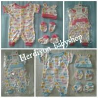 jamsuit/setelan bayi/baju bayi/kaos kaki/topi bayi
