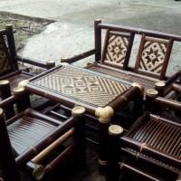 Satu set Kursi bambu wulung anyaman
