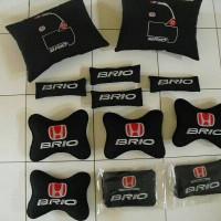 4 in 1 Pillow Car Set Honda BRIO / Bantal Interior Mobil