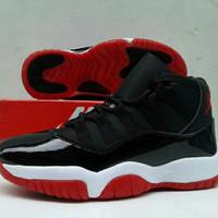 Promo Sepatu Basket Nike air jordan jump hitam merah ringan anti licin